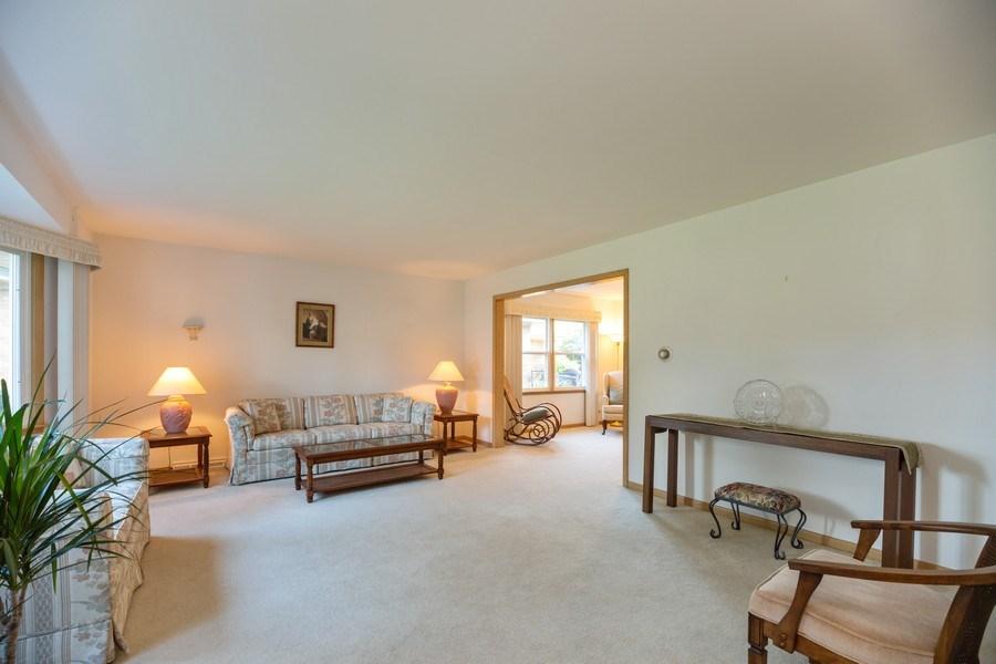 Real Estate Photography - 221 S. Fernandez Avenue, Arlington Heights, IL, 60005 - Living Room