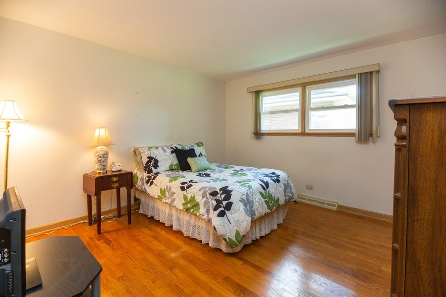 Real Estate Photography - 221 S. Fernandez Avenue, Arlington Heights, IL, 60005 - 2nd Bedroom