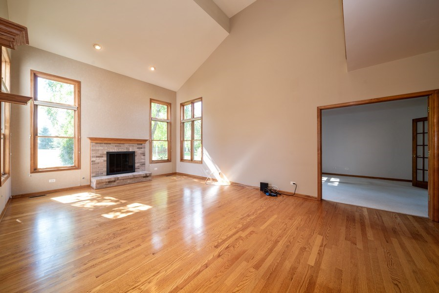 Real Estate Photography - 1640 Quail Way, Crystal Lake, IL, 60014 - Family Room