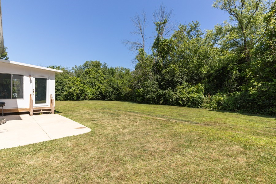 Real Estate Photography - 37517 Lyons Woods Court, Beach Park, IL, 60087 - Back Yard