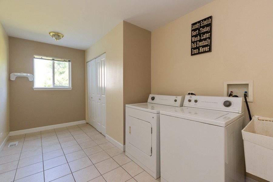Real Estate Photography - 37517 Lyons Woods Court, Beach Park, IL, 60087 - Laundry Room
