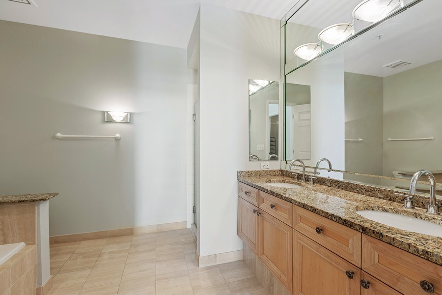 Real Estate Photography - 330 South Michigan Ave, 1508, Chicago, IL, 60604 - Master Bathroom