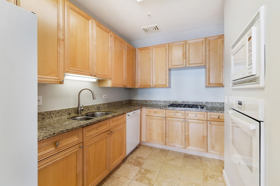 Real Estate Photography - 330 South Michigan Ave, 1508, Chicago, IL, 60604 - Kitchen