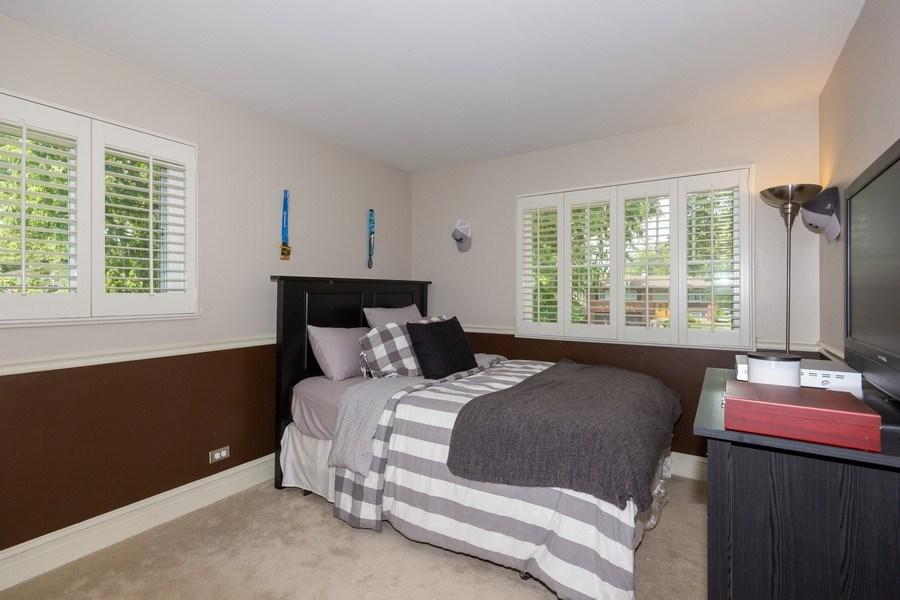 Real Estate Photography - 6 Westmoreland Ct, Woodridge, IL, 60517 - 2nd Bedroom