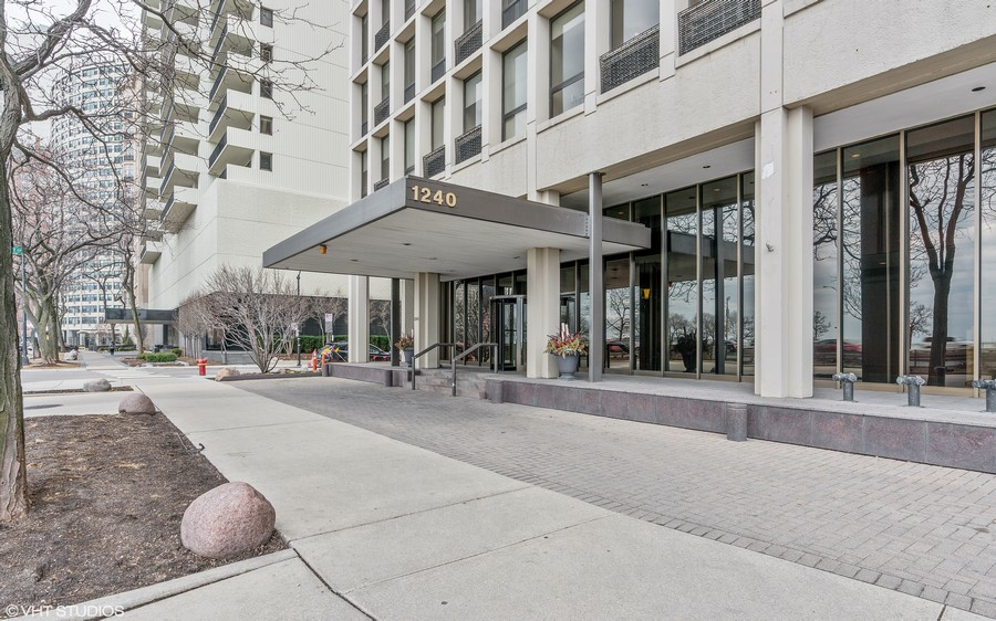 Real Estate Photography - 1240 N. LAKE SHORE Drive, Unit 8A, Chicago, IL, 60610 - Front Entrance