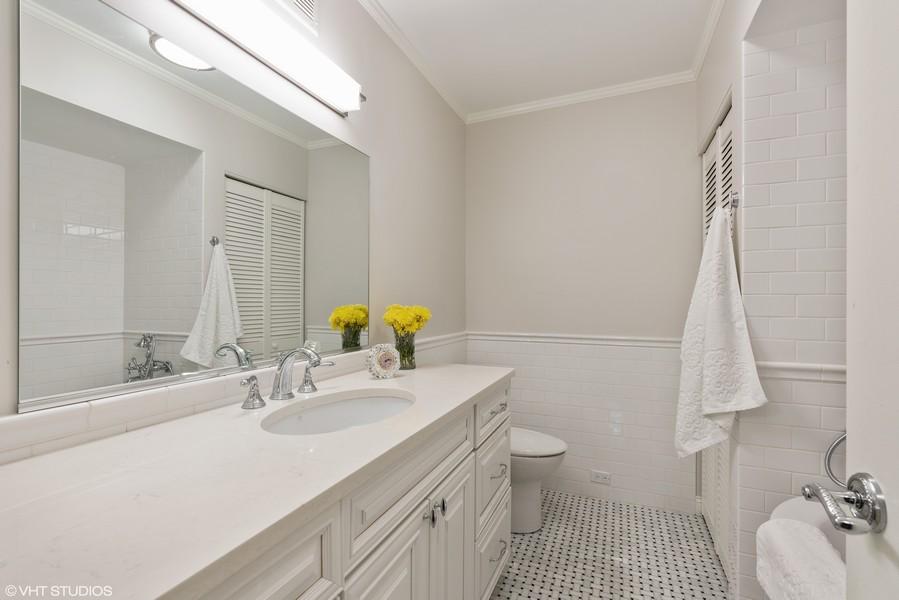 Real Estate Photography - 1240 N. LAKE SHORE Drive, Unit 8A, Chicago, IL, 60610 - Master Bath