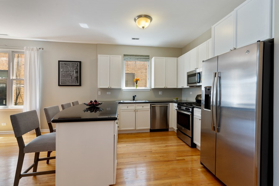 Real Estate Photography - 2814 North Sheffield Ave, 2S, Chicago, IL, 60657 - Kitchen