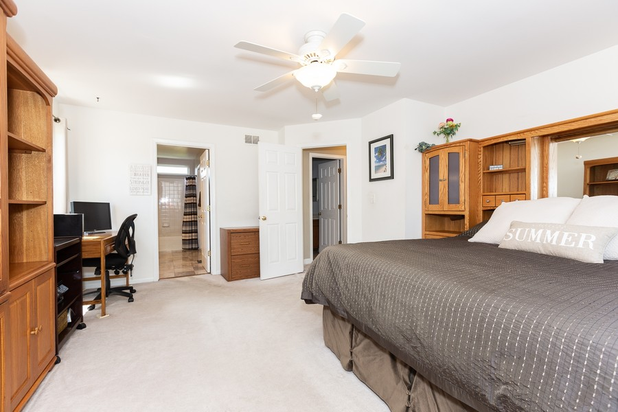 Real Estate Photography - 2135 Periwinkle Ln, Naperville, IL, 60540 - MASTER BEDROOM