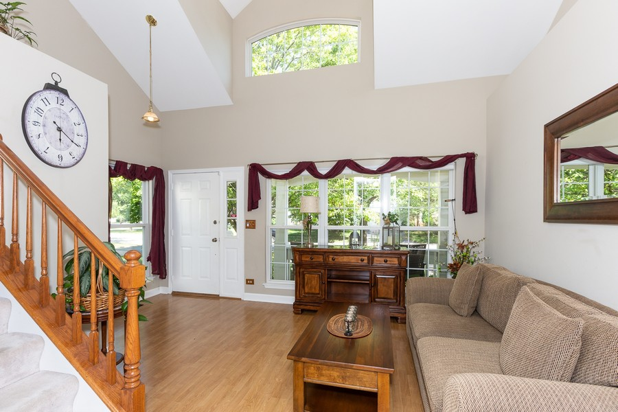 Real Estate Photography - 2135 Periwinkle Ln, Naperville, IL, 60540 - LIVING ROOM