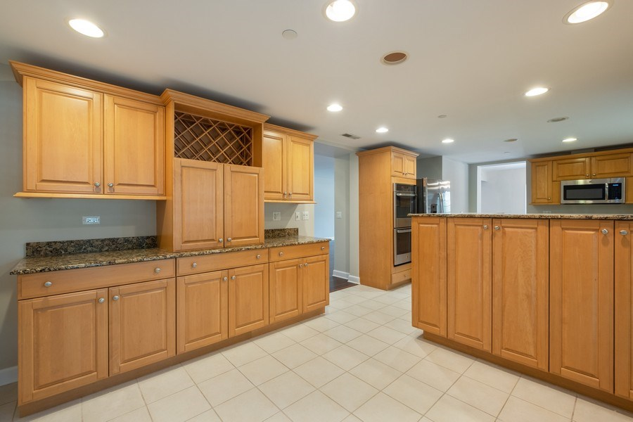 Real Estate Photography - 2021 St Johns Ave, Highland Park, IL, 60035 - Breakfast Area