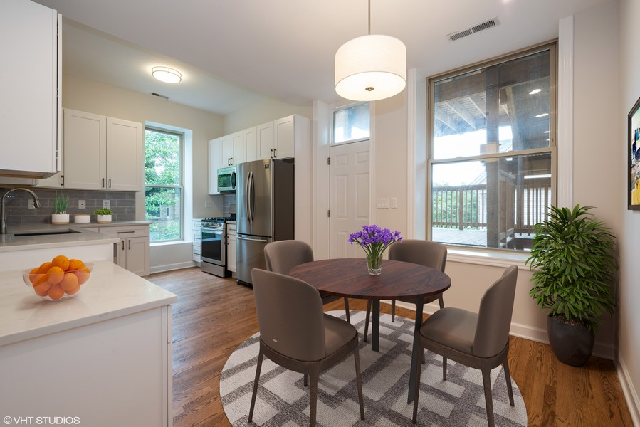 Real Estate Photography - 4655 North Hermitage Ave, 3, Chicago, IL, 60640 -