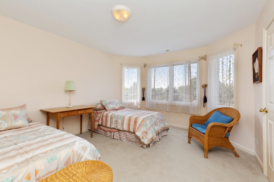 Real Estate Photography - 37W542 High Point Ct, Royal Fox, St. Charles, IL, 60175 - 4th Bedroom
