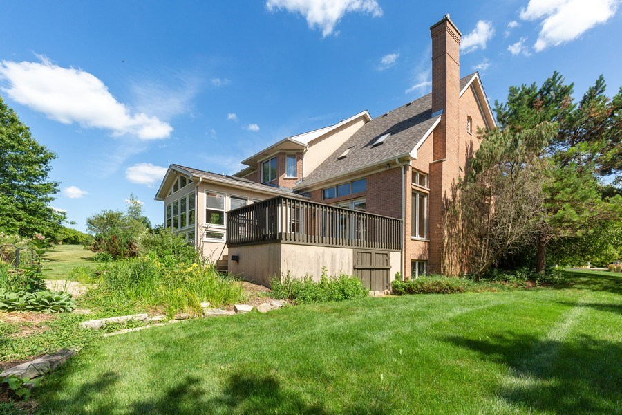 Real Estate Photography - 37W542 High Point Ct, Royal Fox, St. Charles, IL, 60175 - Side View