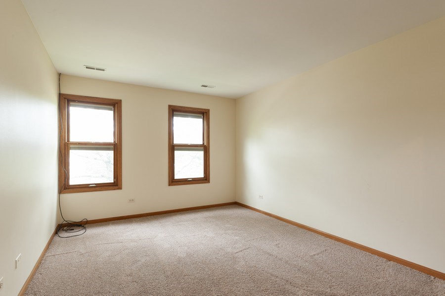 Real Estate Photography - 93 Cambridge Dr, Grayslake, IL, 60030 - Bedroom