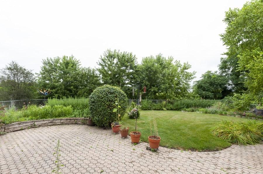Real Estate Photography - 93 Cambridge Dr, Grayslake, IL, 60030 - Back Yard