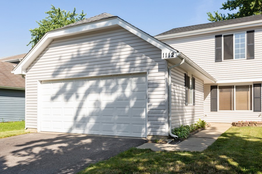 Real Estate Photography - 1112 Brockton Ct, Aurora, IL, 60504 - Front View