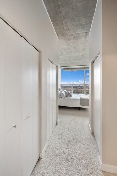 Real Estate Photography - 1305 S Michigan Avenue, Unit 1604, Chicago, IL, 60605 - Master Bedroom Closet