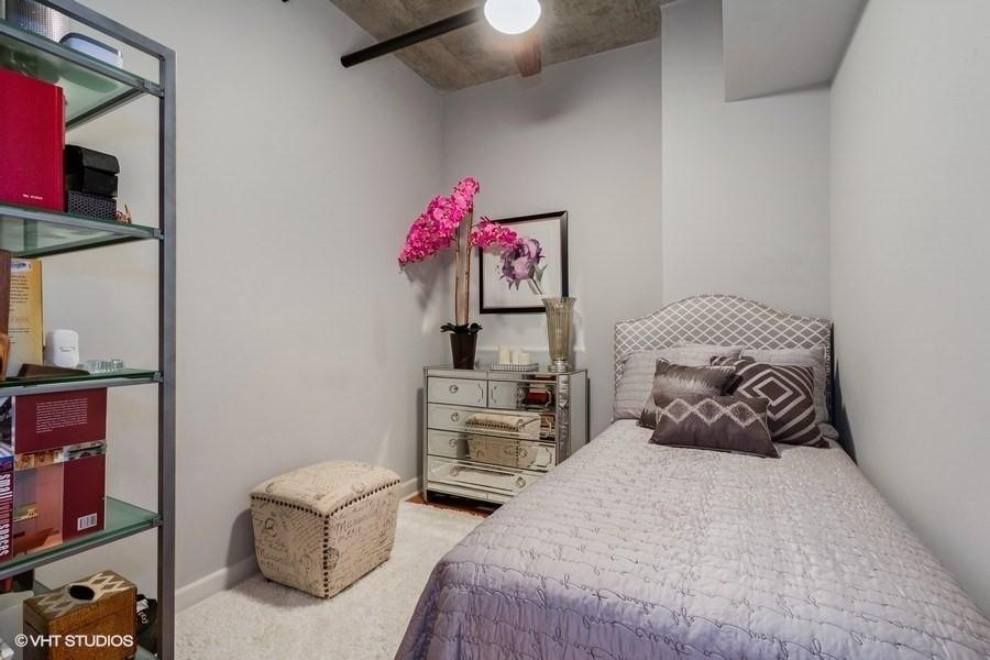 Real Estate Photography - 1305 S Michigan Avenue, Unit 1604, Chicago, IL, 60605 -