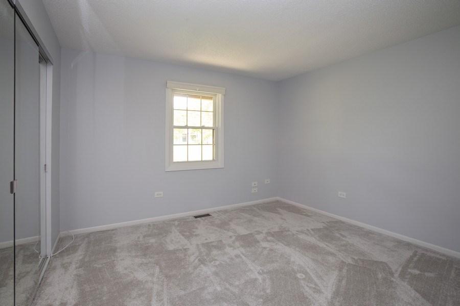 Real Estate Photography - 603 Elizabeth Dr, 27-A-L, Wood Dale, IL, 60191 - Bedroom