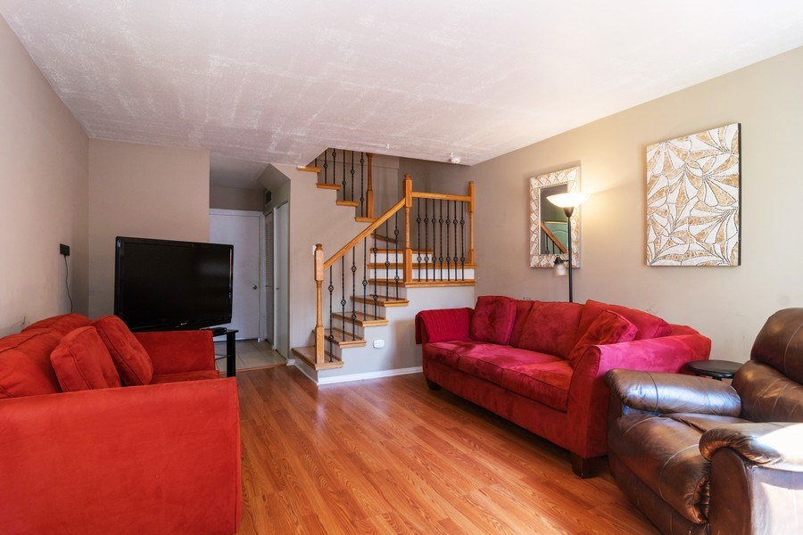 Real Estate Photography - 1758 Raleigh Ln, Hoffman Estates, IL, 60169 - Living Room