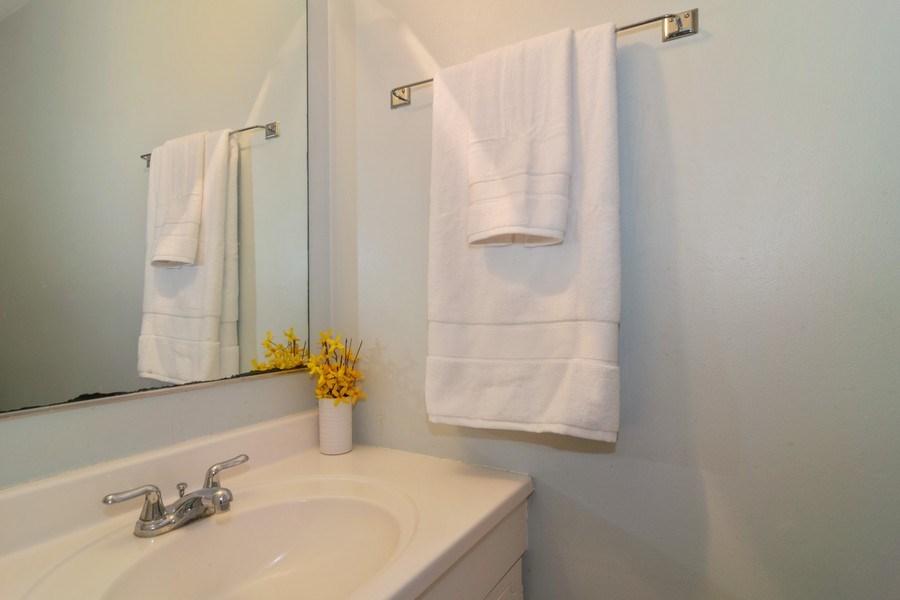 Real Estate Photography - 1758 Raleigh Ln, Hoffman Estates, IL, 60169 - Half Bath