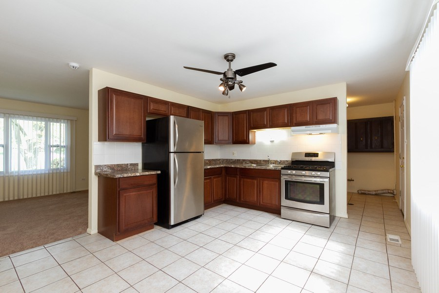 Real Estate Photography - 22201 Belmont Rd, Richton Park, IL, 60471 - Kitchen