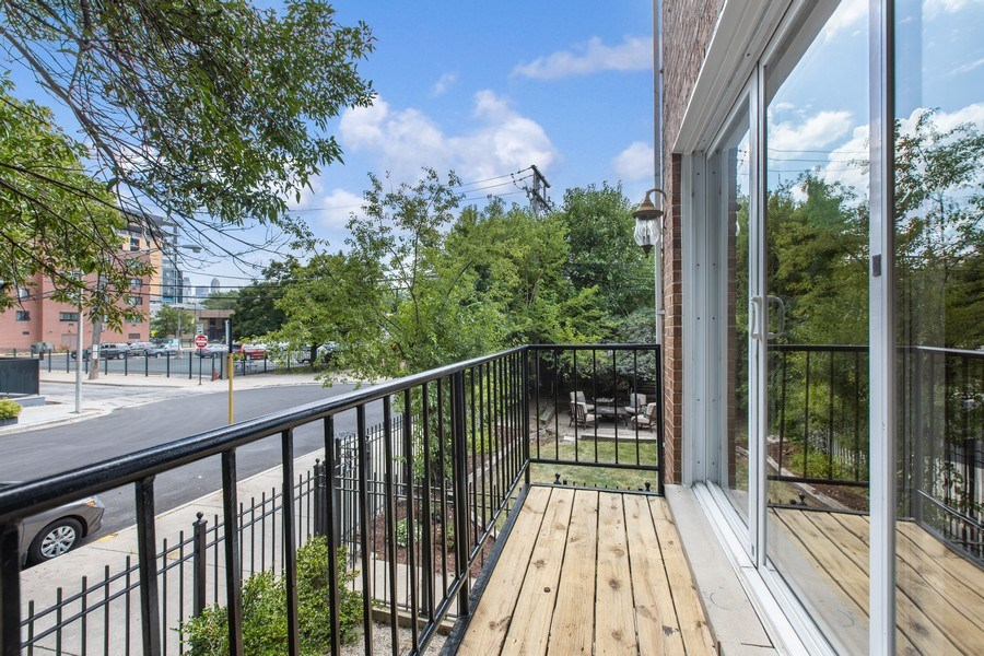 Real Estate Photography - 1618 North Burling St, A, Chicago, IL, 60614 - Balcony