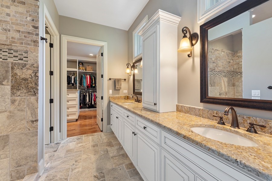Real Estate Photography - 1108 Heatherton Dr, Naperville, IL, 60563 - Luxurious Master Bath & steps from the WIC