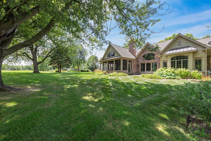Real Estate Photography - 1108 Heatherton Dr, Naperville, IL, 60563 - Back Yard