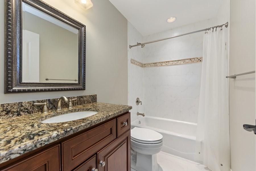 Real Estate Photography - 1108 Heatherton Dr, Naperville, IL, 60563 - Bath for BR 4