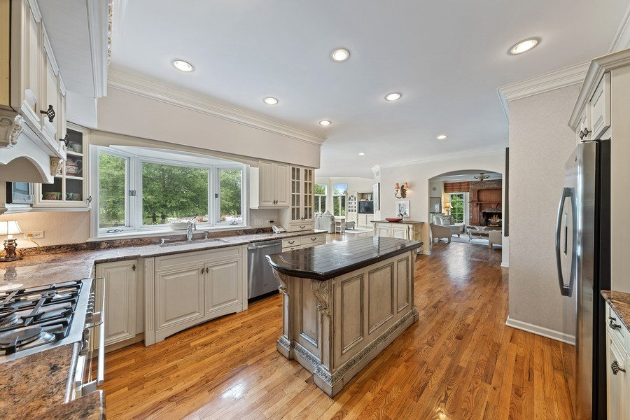 Real Estate Photography - 20831 North Wildrose Dr, Deer Park, IL, 60010 - Kitchen