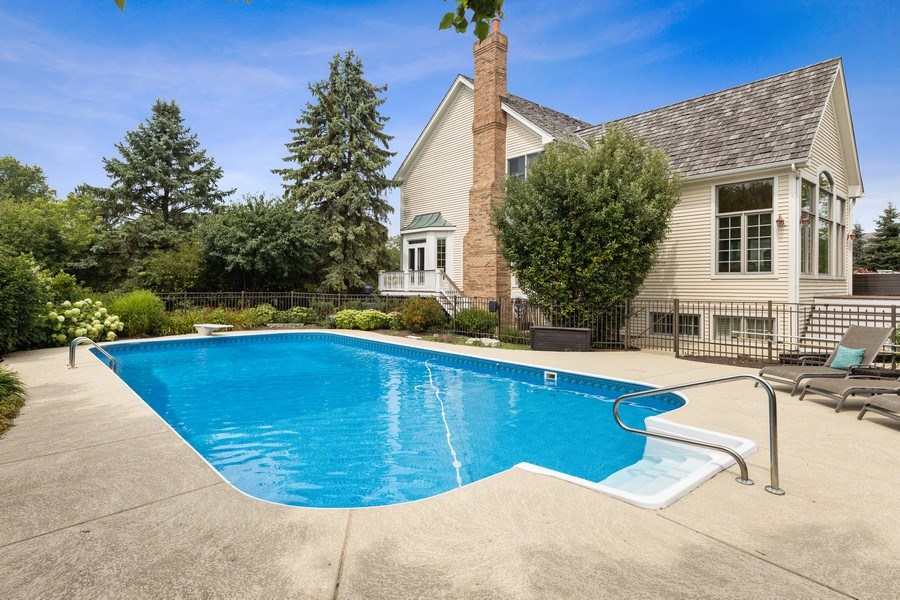 Real Estate Photography - 20831 North Wildrose Dr, Deer Park, IL, 60010 - Pool