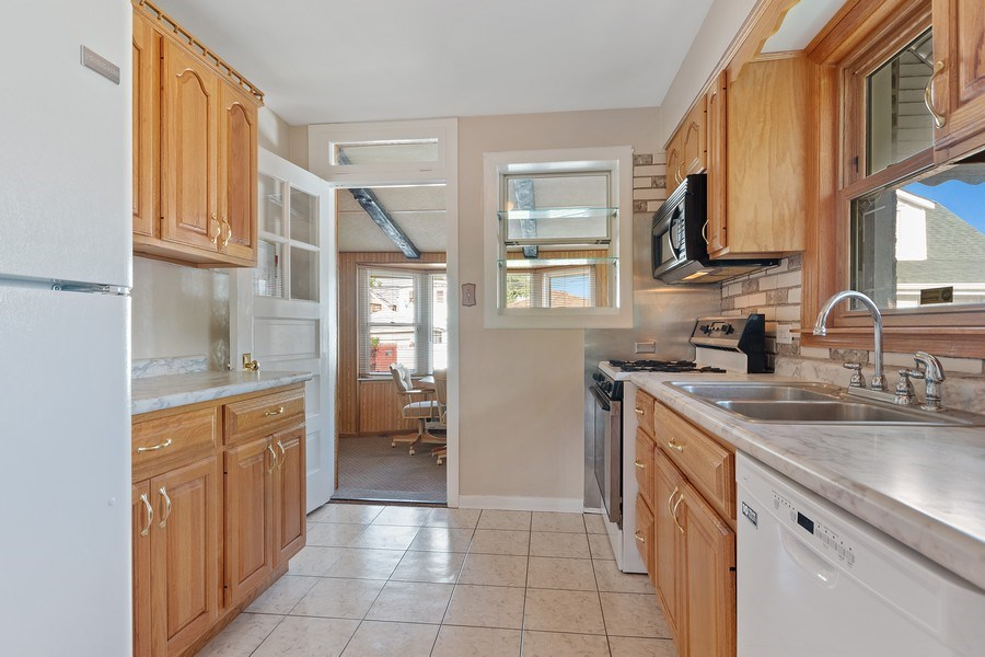 Real Estate Photography - 3049 North Oak Park Ave, Chicago, IL, 60634 - Kitchen