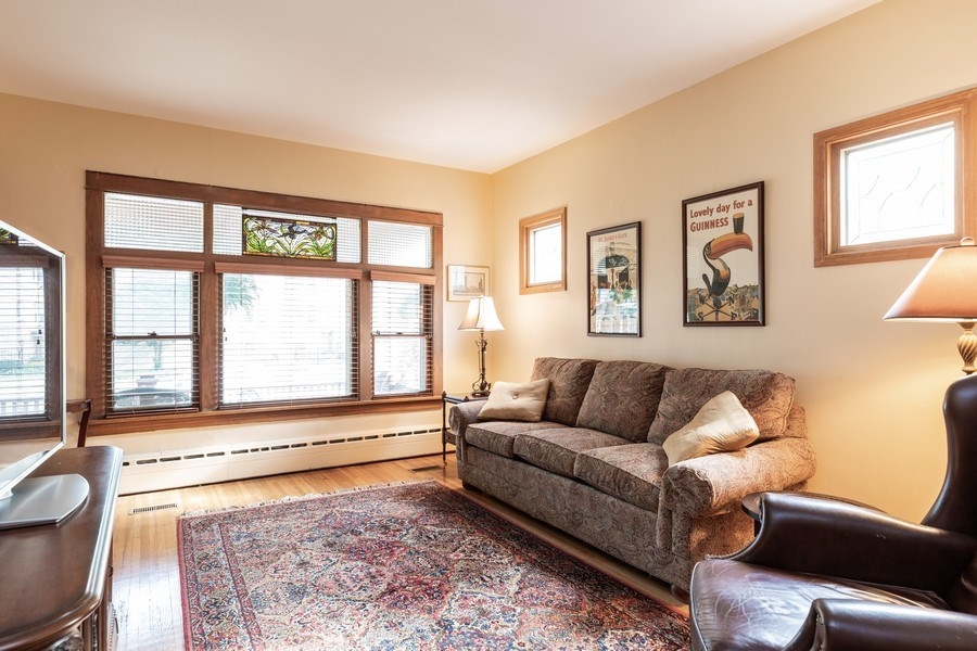 Real Estate Photography - 103 Pine Ave, Riverside, IL, 60546 - Living Room