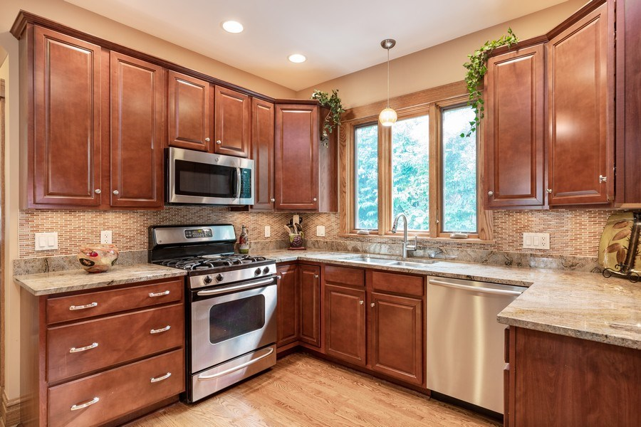 Real Estate Photography - 103 Pine Ave, Riverside, IL, 60546 - Kitchen