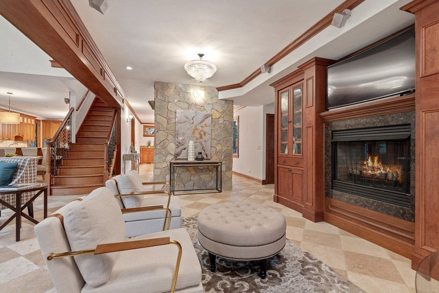 Real Estate Photography - 305 Central Ave, Wilmette, IL, 60091 - Living Room