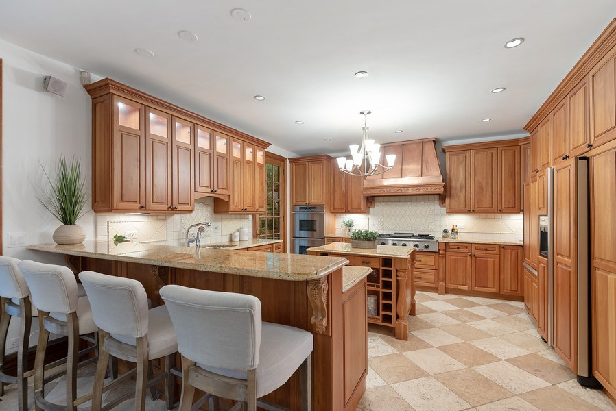 Real Estate Photography - 305 Central Ave, Wilmette, IL, 60091 - Kitchen