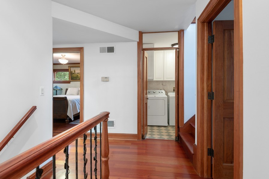 Real Estate Photography - 305 Central Ave, Wilmette, IL, 60091 - Hallway