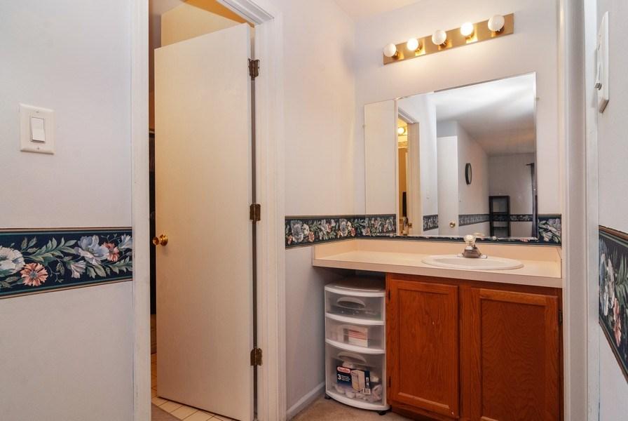 Real Estate Photography - 3522 Frontenac Ct, Aurora, IL, 60504 - Master Bathroom