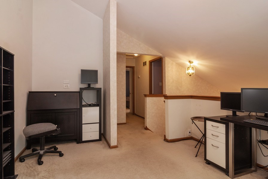 Real Estate Photography - 3522 Frontenac Ct, Aurora, IL, 60504 - Loft