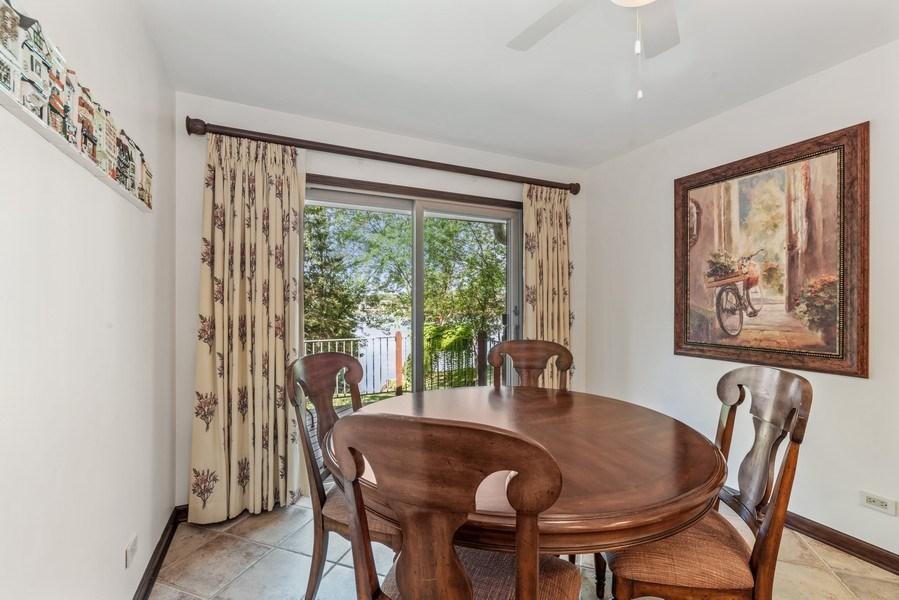 Real Estate Photography - 1270 Carol Ln, Deerfield, IL, 60015 - Breakfast Area