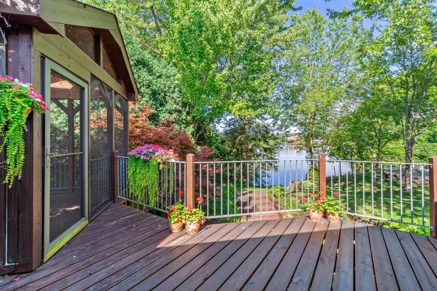 Real Estate Photography - 1270 Carol Ln, Deerfield, IL, 60015 - Deck