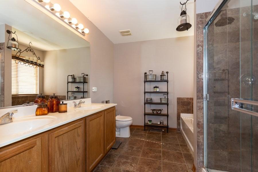 Real Estate Photography - 3508 Ironwood Ct, Joliet, IL, 60435 - Master Bathroom