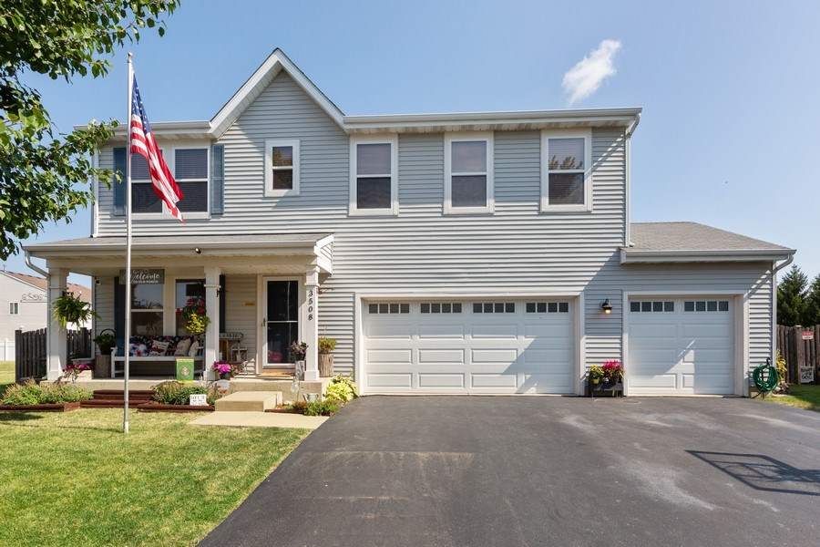 Real Estate Photography - 3508 Ironwood Ct, Joliet, IL, 60435 - Front View