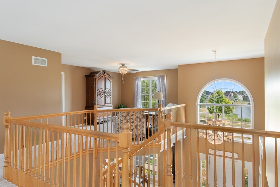 Real Estate Photography - 502 Mallard Point Dr, North Aurora, IL, 60542 - 2nd Level