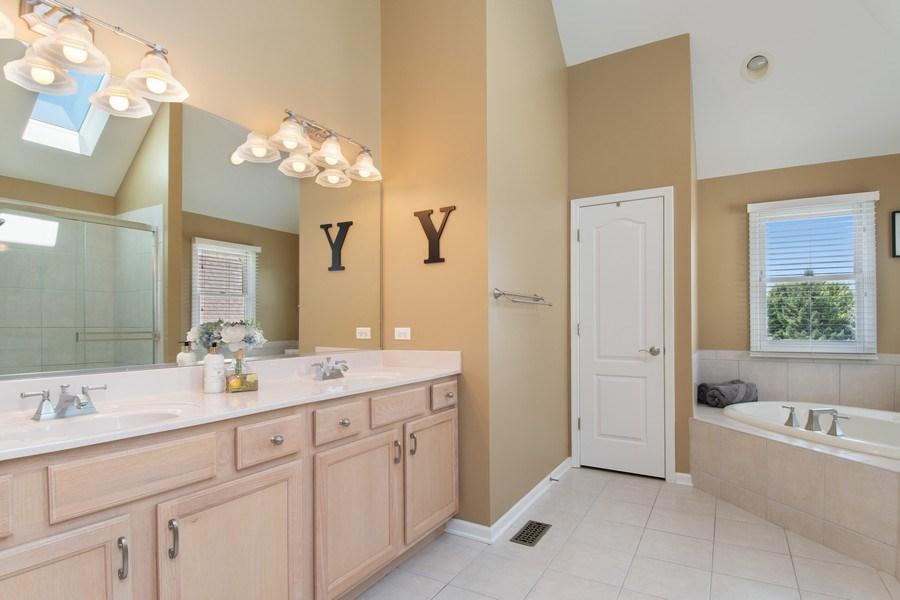 Real Estate Photography - 502 Mallard Point Dr, North Aurora, IL, 60542 - Master Bathroom
