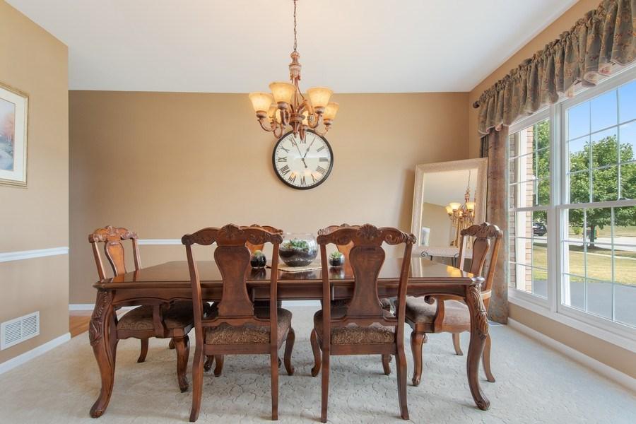 Real Estate Photography - 502 Mallard Point Dr, North Aurora, IL, 60542 - Dining Area