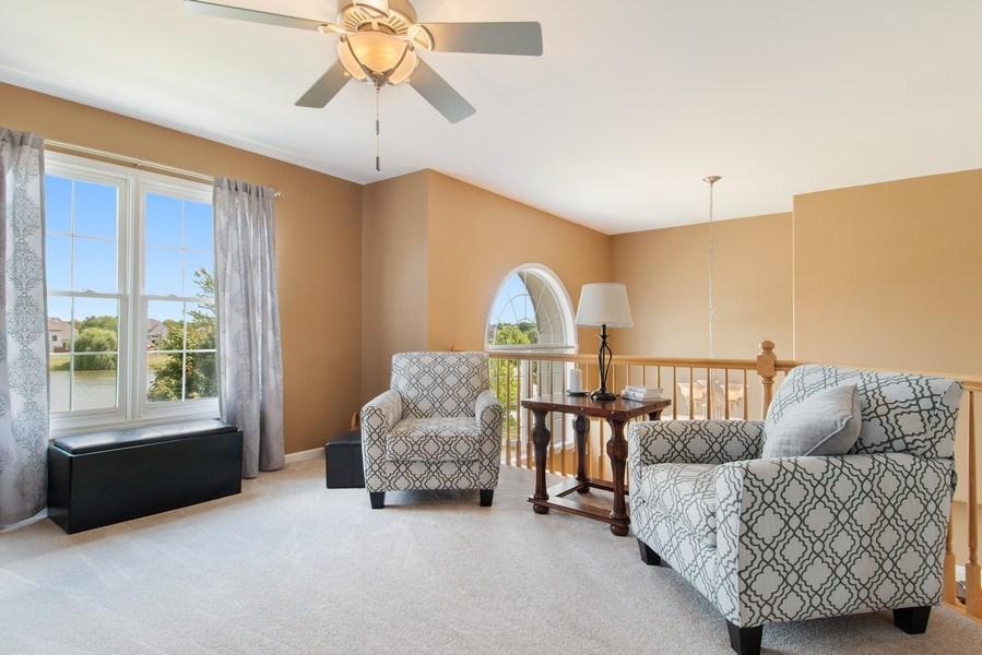Real Estate Photography - 502 Mallard Point Dr, North Aurora, IL, 60542 - Loft