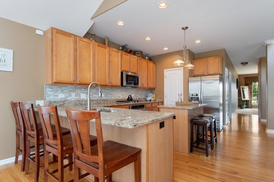 Real Estate Photography - 502 Mallard Point Dr, North Aurora, IL, 60542 - Kitchen