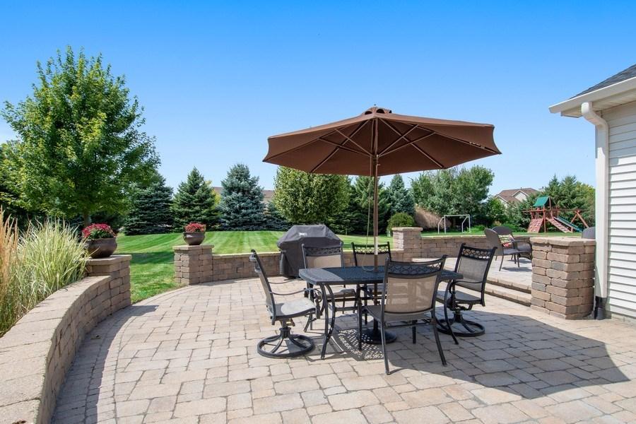 Real Estate Photography - 502 Mallard Point Dr, North Aurora, IL, 60542 - Patio